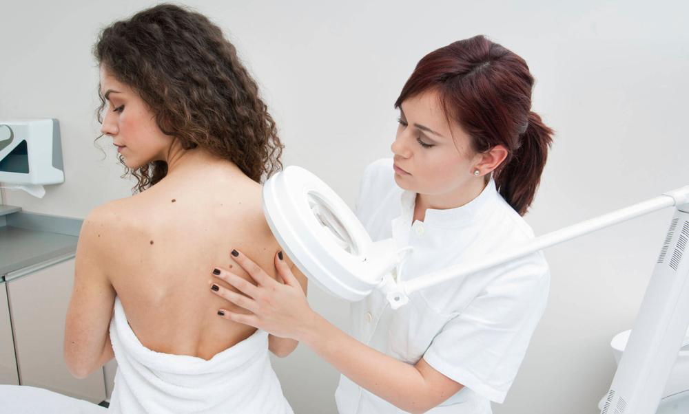 обследование кожи